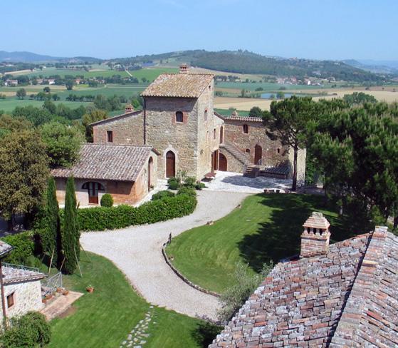 Castello-di-Monticelli-